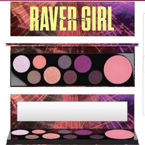 🎀BNIB🎀 Mac Raver Girl Pallet
